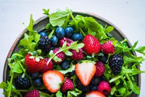 arugula-berry-salad-2